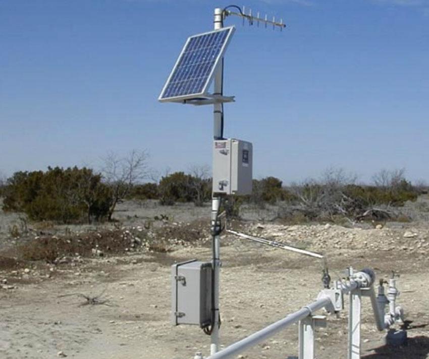 Solar Panel Monitoring System : Oil gas mining telecom offshore industry alternate